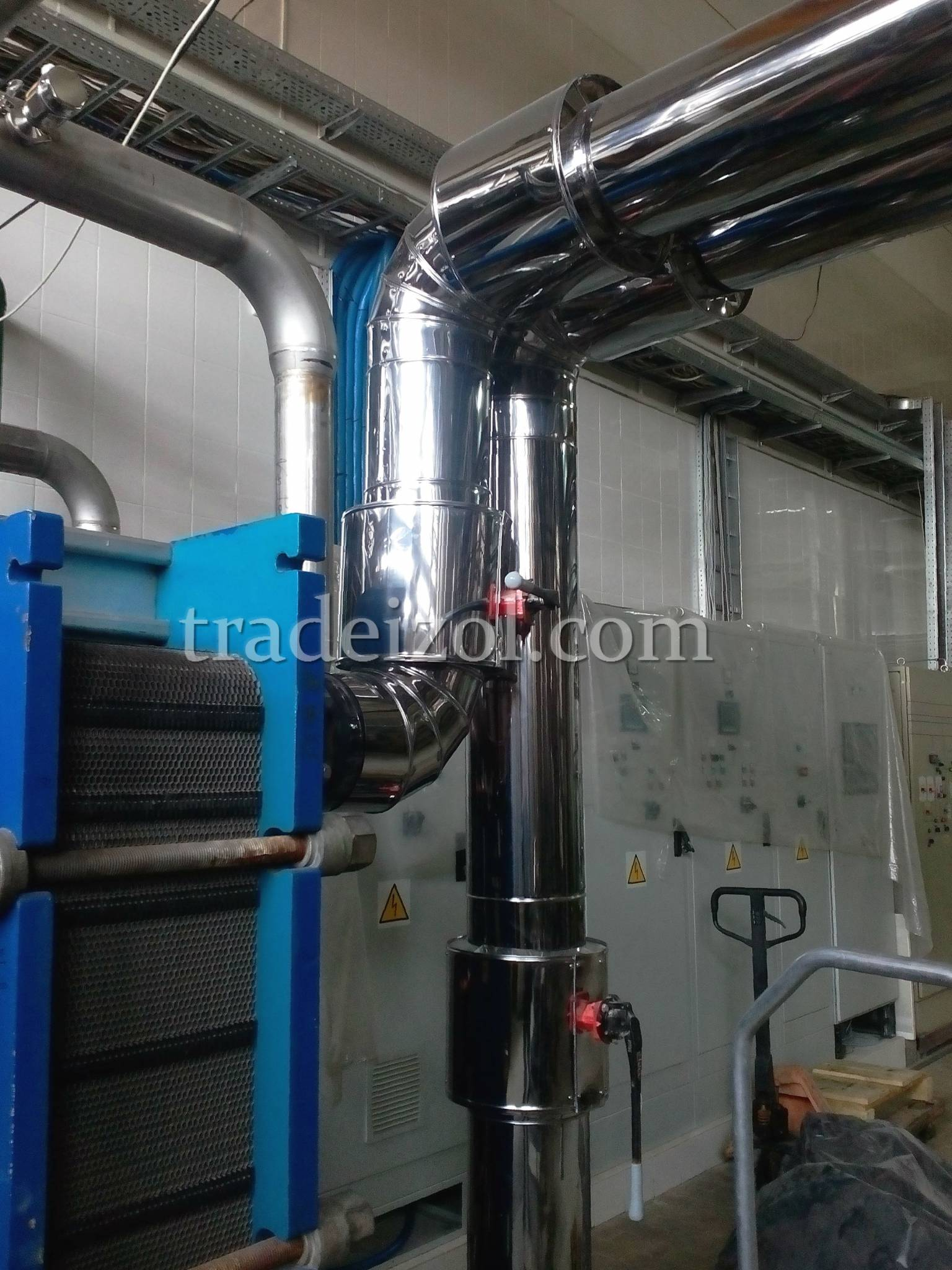 Sheet metal pipe cladding